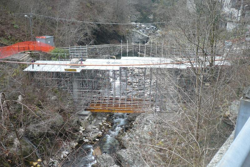 Puntellazione per cassero ponte stra..